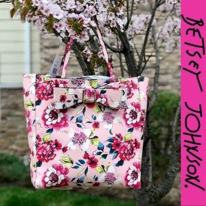 Just In NWT Pretty Betsey Johnson Floral Bow Tote